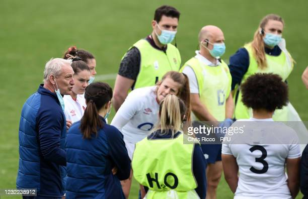 Simon Middleton, Coach of England addresses the England players after the match during the Women's Six Nations match between Italy and England at...