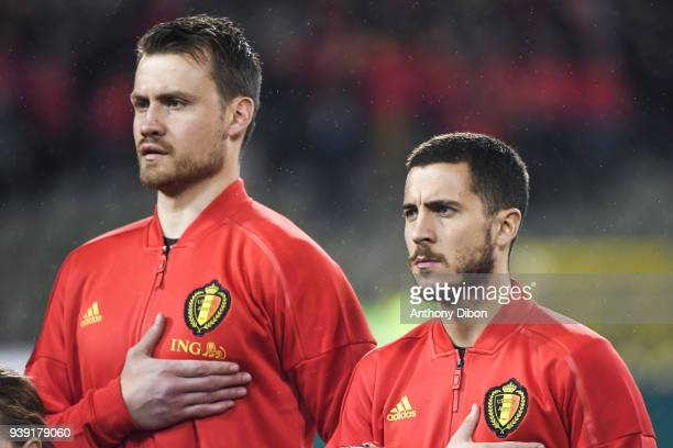 Simon Mignolet and Eden Hazard of Belgium during the International friendly match between Belgium and Saudi Arabia on March 27 2018 in Brussel Belgium
