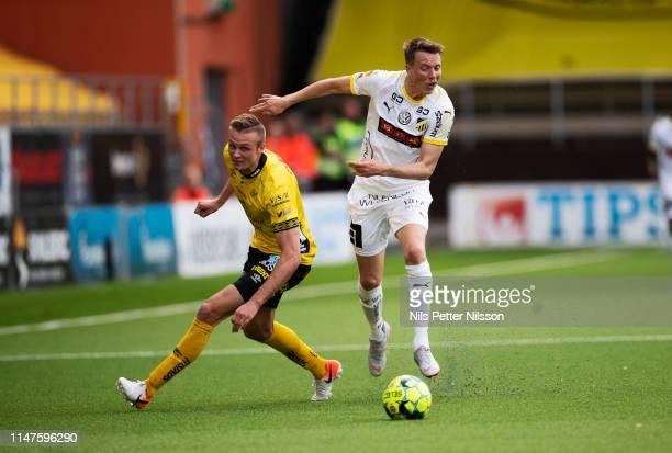 Simon Olsson of IF Elfsborg and Viktor Lundberg of BK Hacken during the Allsvenskan match between IF Elfsborg and BK Hacken at Boras Arena on June 2,...