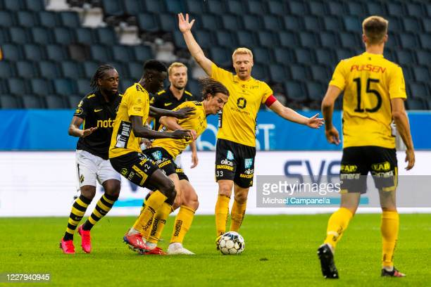Simon Olsson of IF Elfsborg runs with the ball during the Allsvenskan match between AIK and IF Elfsborg at Friends Arena on August 6, 2020 in...