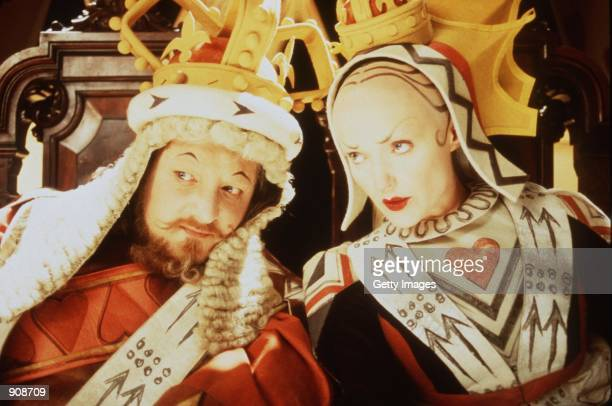Simon Russell Beale and Miranda Richardson star as the King and Queen of Hearts in the tv movie 'Alice in Wonderland'