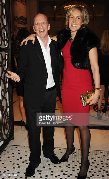 Simon Sebag Montefiore and Santa Montefiore attend the Liberatum dinner hosted by Ella Krasner and Pablo Ganguli in honour of Sir VS Naipaul at The...