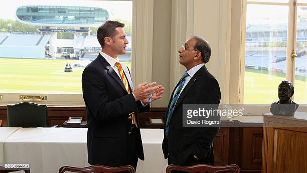 Simon Taufel the ICC Elite Panel Umpire taks to Haroon Lorgat the ICC Chief Executive during the ICC Committee meeting held at Lords on May 11 2009...