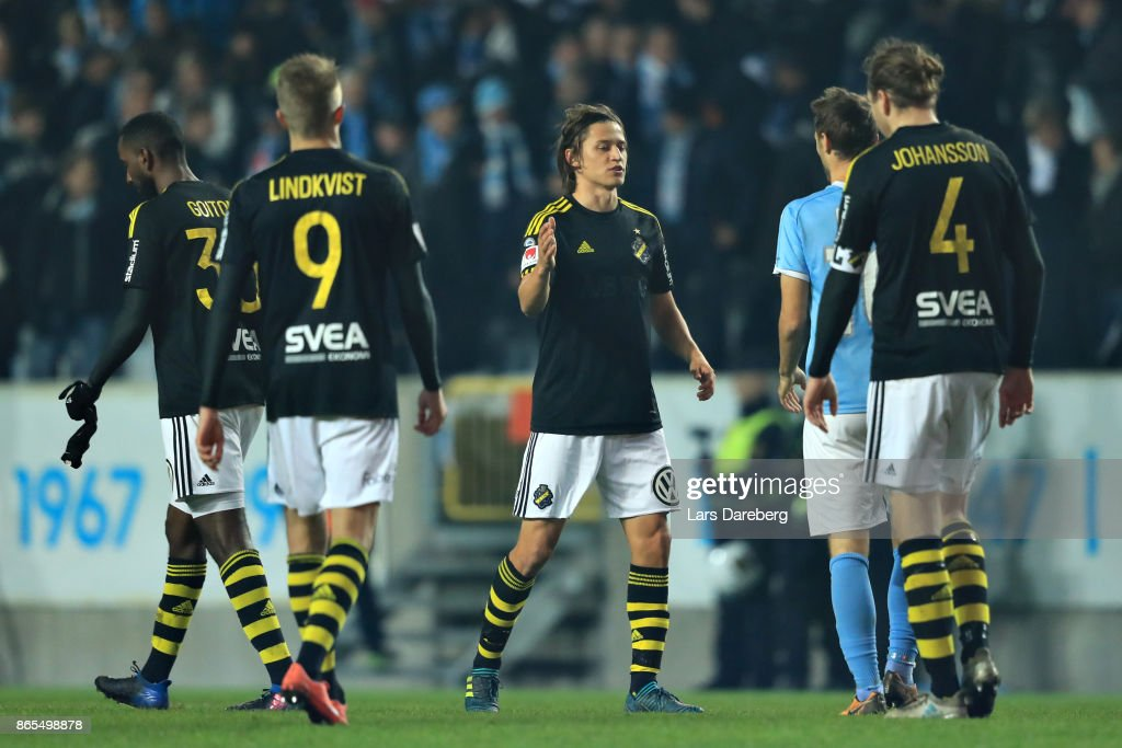Simon Thern of AIK during the allsvenskan match between Malmo FF and AIK at Swedbank Stadion on October 23, 2017 in Malmo, Sweden.