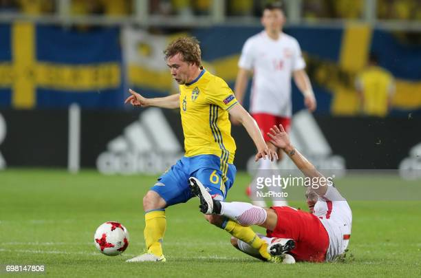 Simon Tibbling Karol Linetty during the UEFA U21 match between Poland and Sweden at Arena Lublin on June 19 2017 in Lublin Poland