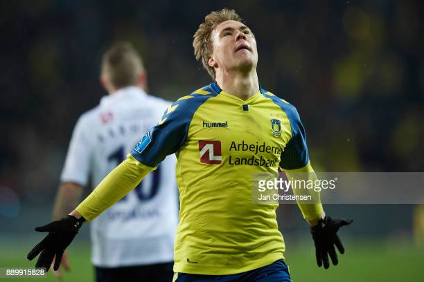 Simon Tibbling of Brondby IF celebrate after his 10 goal during the Danish Alka Superliga match between Brondby IF and AGF Arhus at Brondby Stadion...