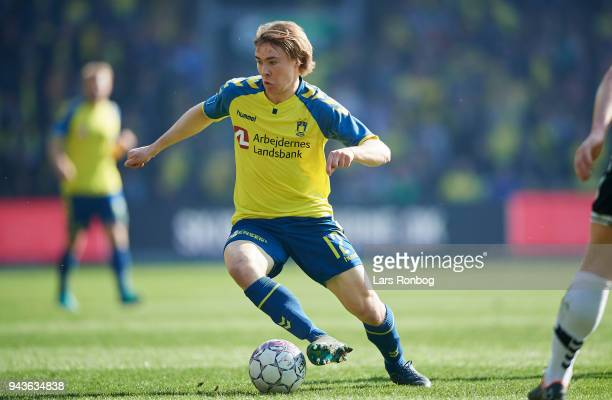Simon Tibbling of Brondby IF controls the ball during the Danish Alka Superliga match between Brondby IF and AC Horsens at Brondby Stadion on April 8...