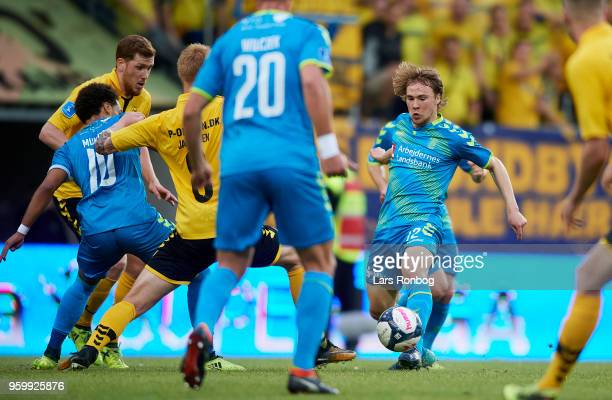 Simon Tibbling of Brondby IF in action during the Danish Alka Superliga match between AC Horsens and Brondby IF at CASA Arena Horsens on May 18 2018...