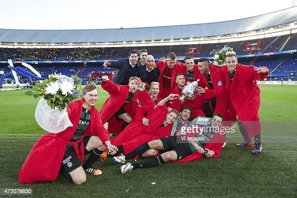 Simon Tibbling of FC Groningen Michael de Leeuw of FC Groningen coach Erwin van de Looi of FC Groningen goalkeeper trainer Sierd van den Berg of FC...