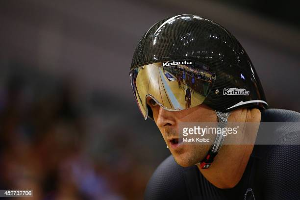 Simon Van Velthooven of New Zealand prepraes to race in the Men's 1000m Time Trial Final at Sir Chris Hoy Velodrome during day three of the Glasgow...