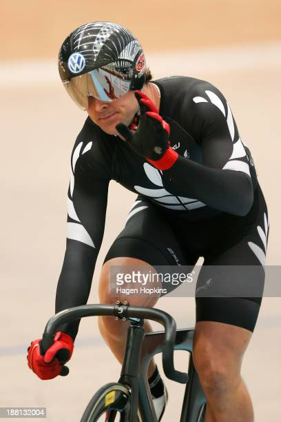 Simon Van Velthooven of New Zealand salutes the crowd after competing in the men's keiren during the 2013 UCI Festival of Speed at SIT Zerofees...
