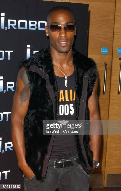 Simon Webbe arrives for the aftershow party at Fabric following the UK premiere of I Robot at the Odeon Leicester Square in central London
