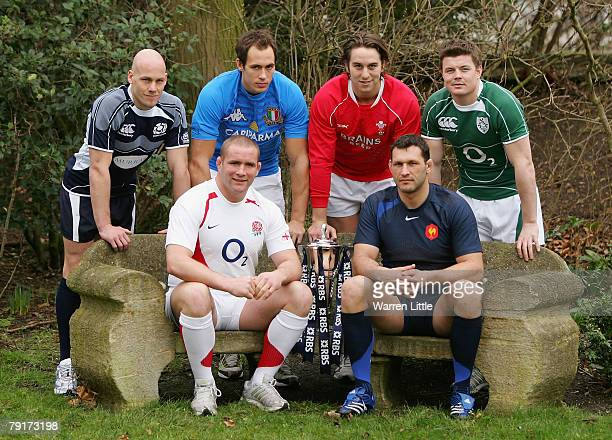 Simon Webster Sergio Parisse Ryan Jones Brian O'Driscoll Phil Vickery and Lionel Nallet pose with the trophy at the launch of the RBS 6 Nations...
