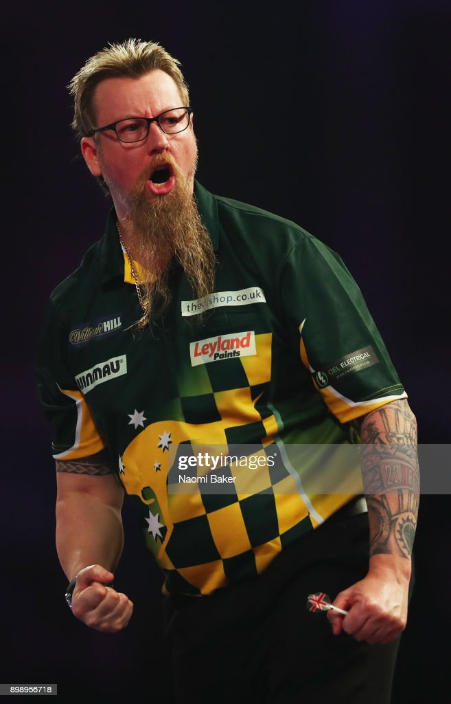 2018 William Hill PDC World Darts Championships - Day Eleven
