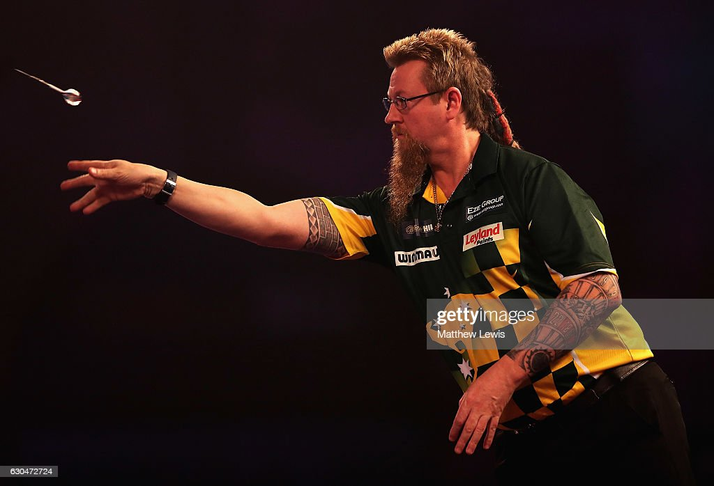 2017 William Hill PDC World Darts Championships - Day Nine