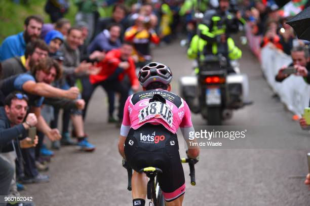 Simon Yates of Great Britain and Team Mitchelton-Scott Pink Leader Jersey / Fans / Public / during the 101st Tour of Italy 2018, Stage 14 a 186km...