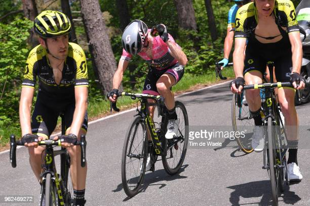 Simon Yates of Great Britain and Team MitcheltonScott Pink Leader Jersey / Refreshing / Mikel Nieve Ituralde of Spain and Team MitcheltonScott / Jack...