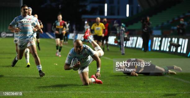 Simon Zebo of Racing 92 dives over for their third try during the Heineken Champions Cup Pool 2 match between Harlequins and Racing 92 at Twickenham...