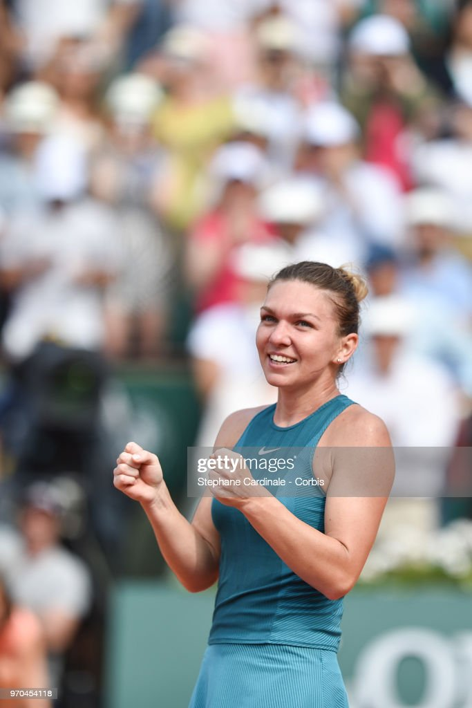 Simona Halep of Romania celebrates after beating Sloane Stephens of the United States 3-6 6-4 6-1 in the final of the women's singles at Roland Garros during the French Open a on June 9, 2018 in Paris, France.