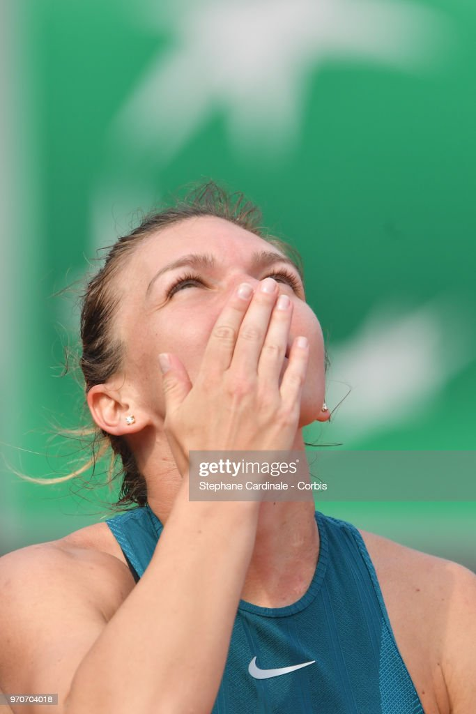 Simona Halep of Romania celebrates after winning the final during Day 14 of the French Open 2018 at Roland Garros on June 9, 2018 in Paris, France.