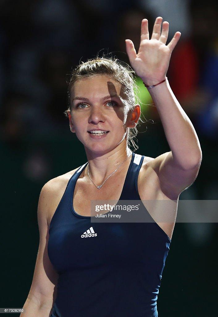 BNP Paribas WTA Finals: Singapore 2016 - Day One : News Photo
