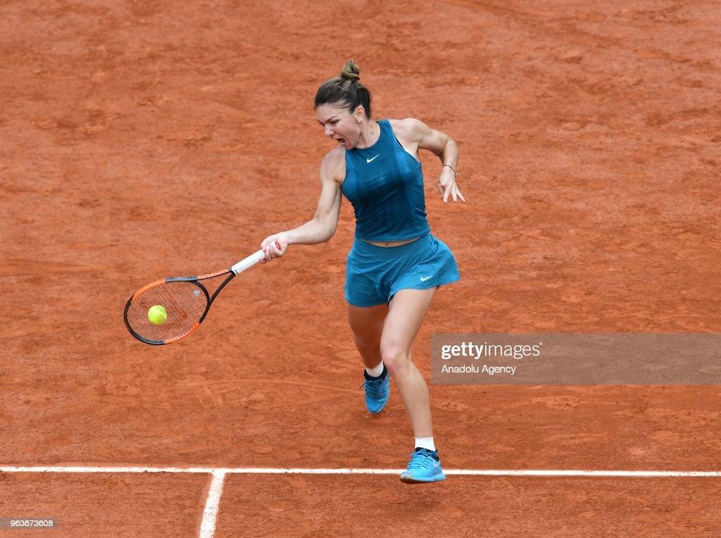 French Open Tennis Tournament 2018 - Day 4 : News Photo