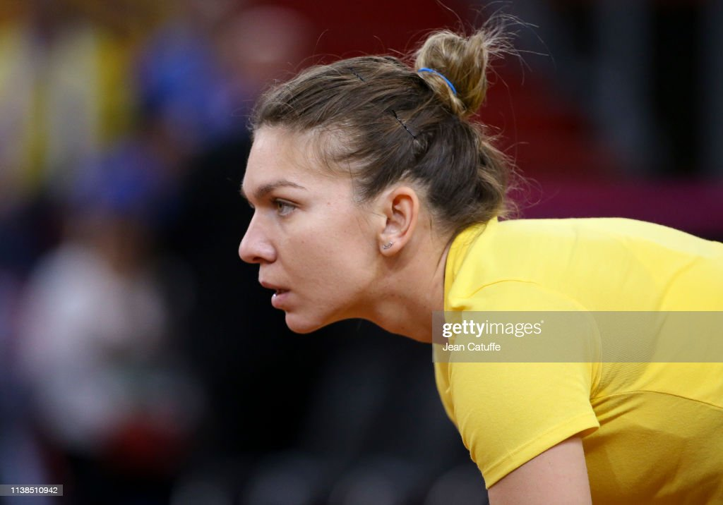 France v Romania - Fed Cup:Day Two : News Photo
