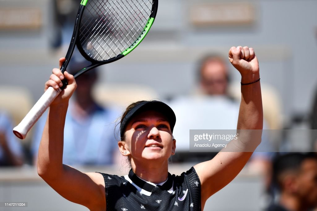 French Open 2019 Day 7, Simona Halep vs Lesia Tsurenko : News Photo