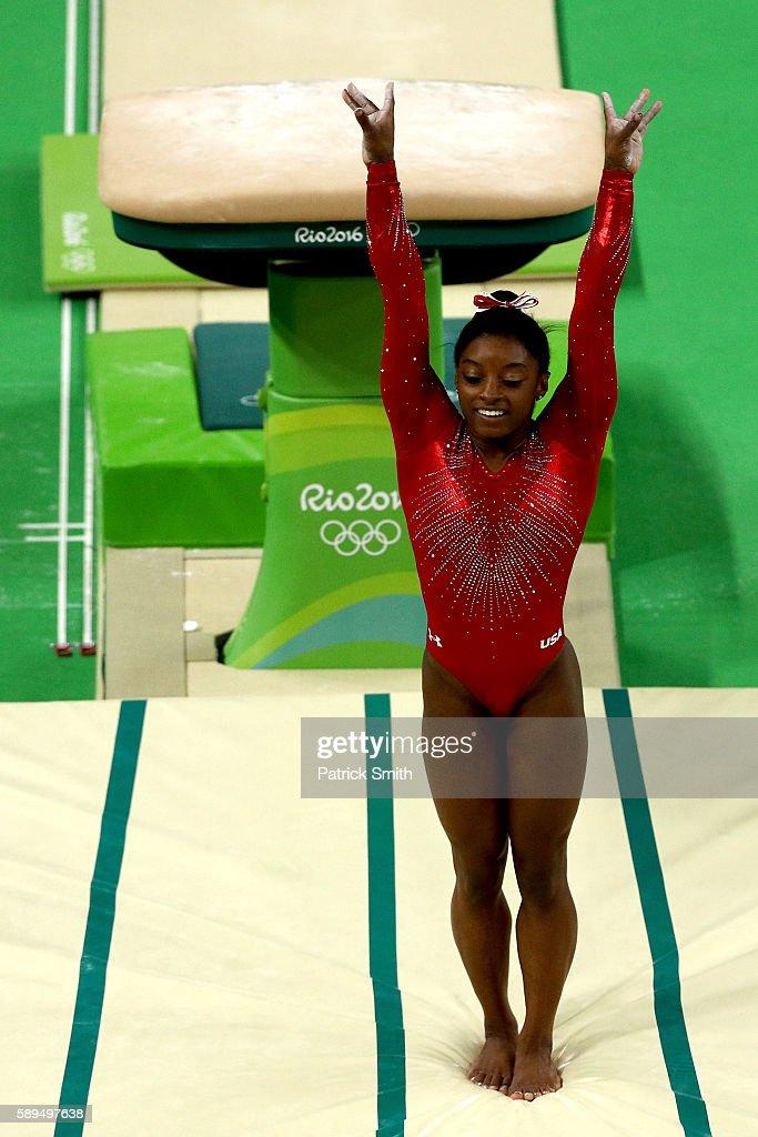 Gymnastics - Artistic - Olympics: Day 9 : News Photo