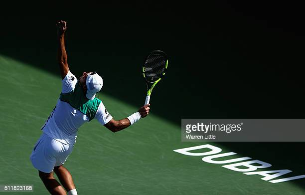 Simone Bolelli of Italy in action against Roberto Bautista Agut of Spain during day four of the ATP Dubai Duty Free Tennis Championship at the Dubai...