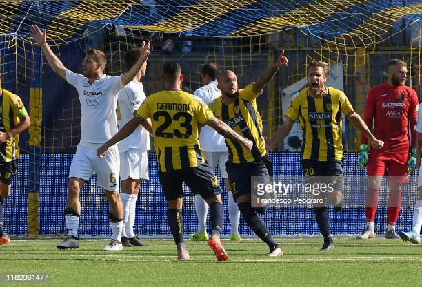 Simone Calvano of Juve Stabia celebrates after scoring the 31 goal during the Serie B match between Juve Stabia and Pordenone on October 19 2019 in...