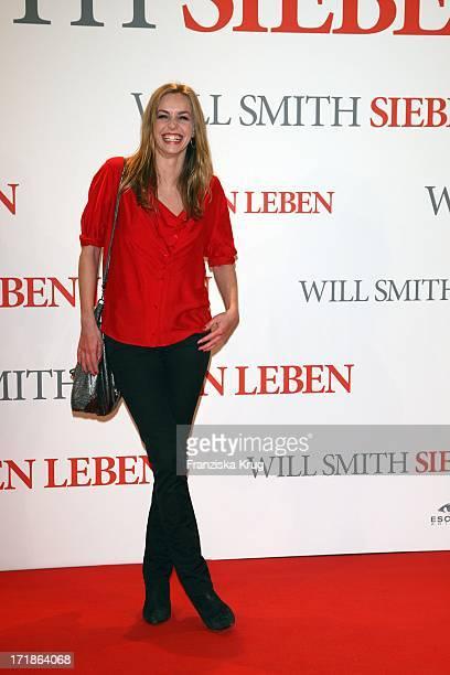 "Simone Hanselmann at the Premiere of ""Seven Pounds"" in Cinestar at Potsdamer Platz in Berlin on 060109"