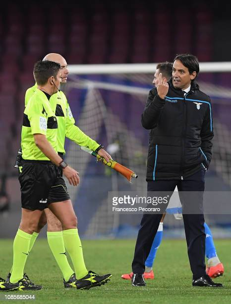 Simone Inzaghi coach of SS Lazio argue with referee Gianluca Rocchi during the Serie A match between SSC Napoli and SS Lazio at Stadio San Paolo on...