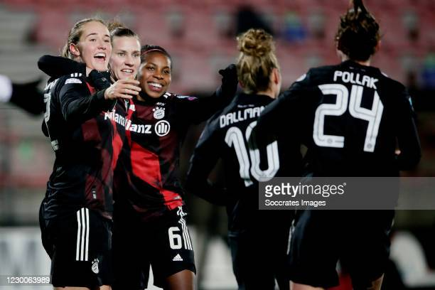 Simone Laudehr of Bayern Munchen Women celebrates 3-1 with Sydney Lohmann of Bayern Munchen Women, Lineth Beerensteyn of Bayern Munchen Women, Linda...
