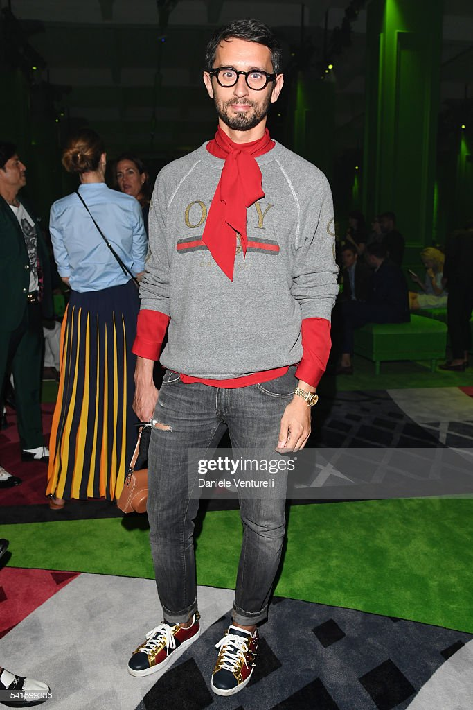 Simone Marchetti attends the Gucci show during Milan Men s Fashion ... 05e0742f4d