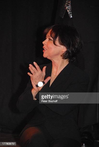 """Simone Rethel, Premiere von Duett-CD """"Generationen"""" mit J O H A N N E S H E E S T E R S anläßlich vom 104. Geburtstag, Admiralspalast, Berlin,..."""