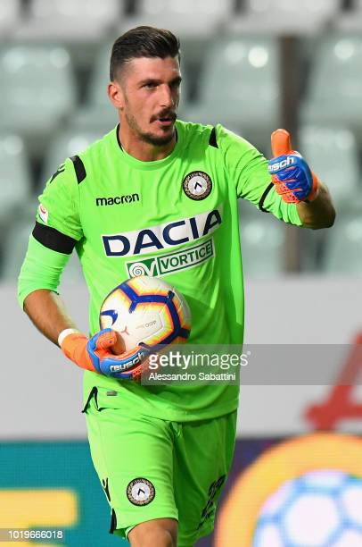Simone Scuffet of Udinese Calcio in action during the serie A match between Parma Calcio and Udinese at Stadio Ennio Tardini on August 19 2018 in...