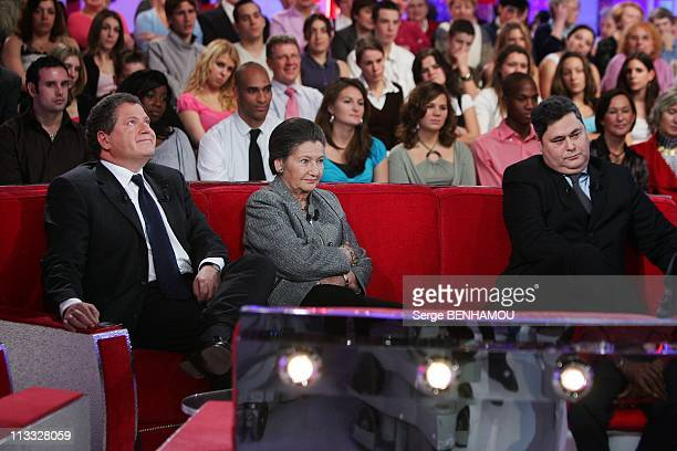 Simone Veil On 'Vivement Dimanche' Tv Show In Paris France On December 05 2007 Simone Veil with her sons Jean and PierreFrancois