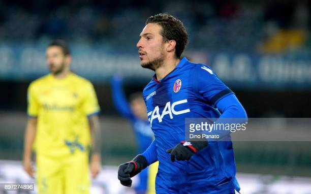 Simone Verdi Bologna FC celebrates after scoring his teams second goal during the serie A match between AC Chievo Verona and Bologna FC at Stadio...