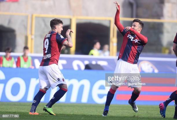 Simone Verdi of Bologna FC celebrates after scoring a goal during the Serie A match between Bologna FC and AC ChievoVerona at Stadio Renato Dall'Ara...