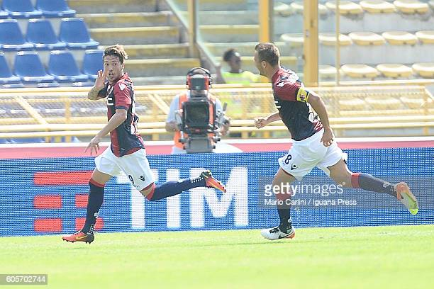 Simone Verdi of Bologna FC celebrates after scoring his team's first goal during the Serie a match between Bologna FC and Cagliari Calcio at Stadio...