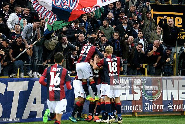 Simone Verdi of Bologna FC celebrates after scoring the opening goal during the Serie A match between Bologna FC and US Sassuolo at Stadio Renato...