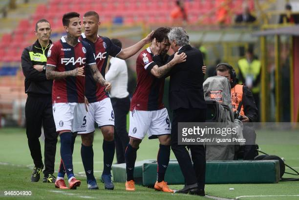 Simone Verdi of Bologna FC celebrates after scoring the opening goal during the serie A match between Bologna FC and Hellas Verona FC at Stadio...