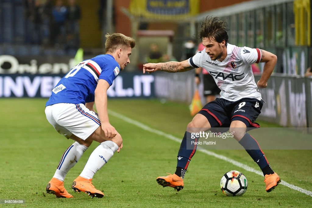 Simone Verdi of Bologna opposed to Dennis Praet of Sampdoria during the serie A match between UC Sampdoria and Bologna FC at Stadio Luigi Ferraris on April 18, 2018 in Genoa, Italy.