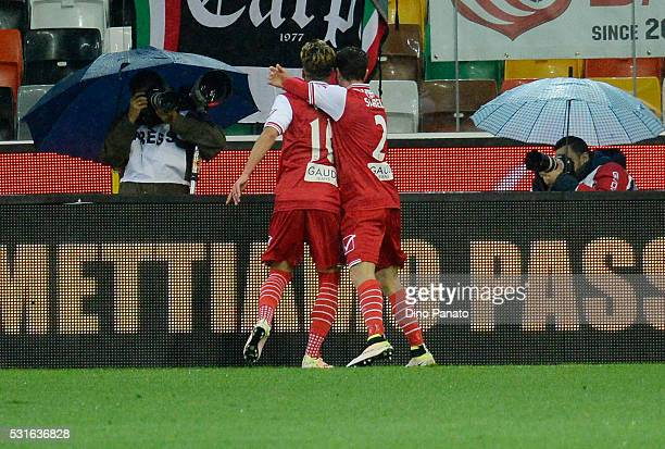 Simone Verdi of Carpi FC celebrates after scoring his team's second goal during the Serie A match between Udinese Calcio and Carpi FC at Stadio...