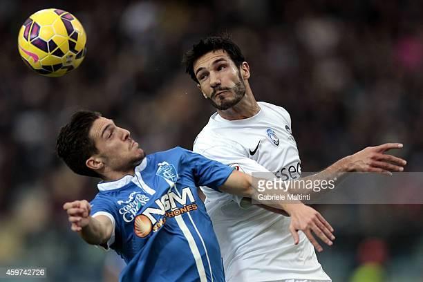 Simone Verdi of Empoli FC battles for the ball with Davide Zappacosta of Atalanta BC during the Serie A match between Empoli FC and Atalanta BC at...