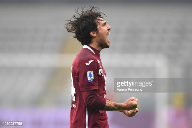Simone Verdi of Torino celebrates after scoring their team's first goal during the Serie A match between Torino FC and Bologna FC at Stadio Olimpico...