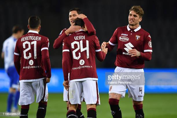Simone Verdi of Torino FC celebrates the opening goal with team mate Sasa Lukic during the Serie A match between Torino FC and UC Sampdoria at Stadio...