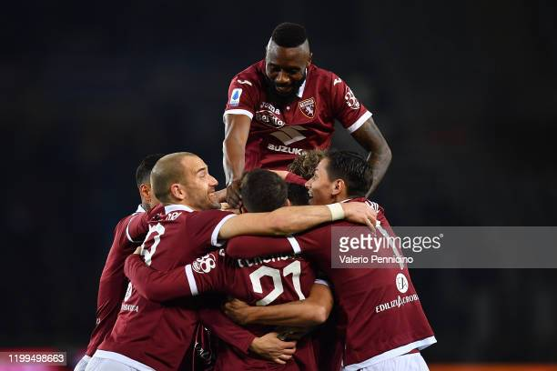 Simone Verdi of Torino FC celebrates the opening goal with team mates during the Serie A match between Torino FC and UC Sampdoria at Stadio Olimpico...