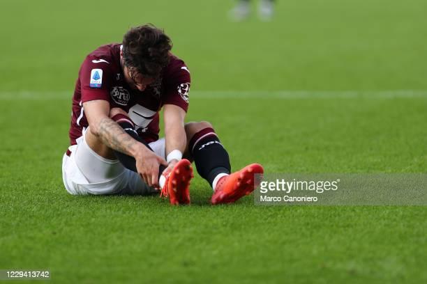 Simone Verdi of Torino FC injured during the Serie A match between Torino Fc and Ss Lazio. Ss Lazio wins 4-3 over Torino Fc.